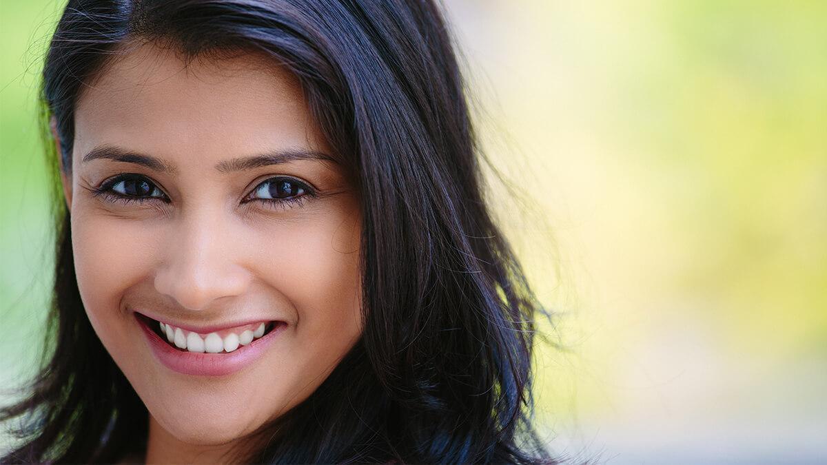 Garmiyo me rukhi tvacha ka khayaal in hindi