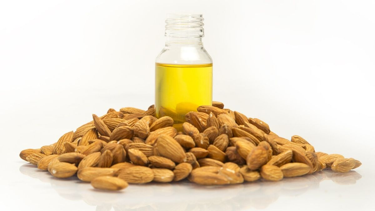 Benefits, Uses And Side Effects Of Almond Oil | Zealthy
